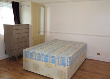 Thumbnail 1 bed flat to rent in Beaconsfield Road, Friern Barnet