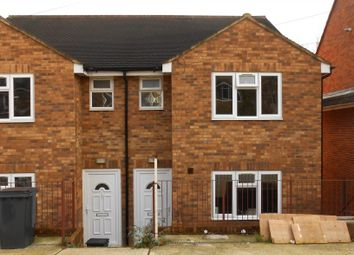 Thumbnail 5 bed terraced house to rent in Hylton Road, High Wycombe