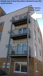 Thumbnail 2 bedroom flat to rent in Berwick Villas, Dartford, Kent