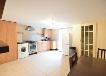 Thumbnail 3 bedroom flat to rent in Chatham Street, Reading