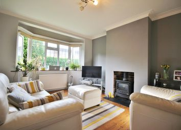 Thumbnail 2 bed flat for sale in Manor Court, York Way, Whetstone, London