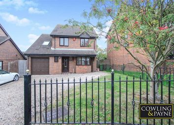 Thumbnail 5 bed detached house for sale in Doeshill Drive, Wickford, Essex