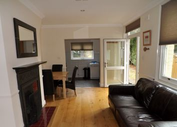 2 bed flat to rent in Duncan Road, Richmond TW9