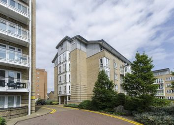 Thumbnail 1 bed flat to rent in St Davids Square, Canary Wharf
