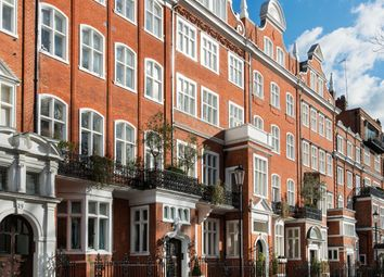Thumbnail 5 bedroom flat to rent in Lennox Gardens, Knightsbridge