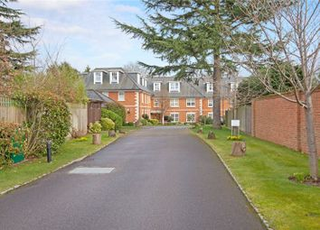 Thumbnail 2 bed flat for sale in Robin Hill, Maidenhead, Berkshire