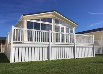 Thumbnail 2 bed mobile/park home for sale in Mill Road, Yarwell, Peterborough