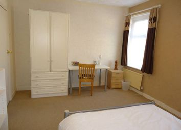 Thumbnail 3 bed property to rent in Russell Street, Roath, Cardiff