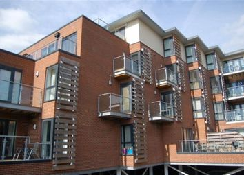 Thumbnail 2 bed flat to rent in Castle Rise, High Wycombe, Bucks