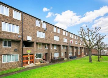 Thumbnail 4 bed maisonette to rent in Dowdeswell Close, Roehampton