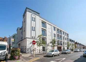 3 bed flat for sale in Granville Road, Watford, Hertfordshire WD18