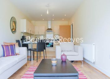 Thumbnail 1 bed flat to rent in Blagrove Road, Teddington