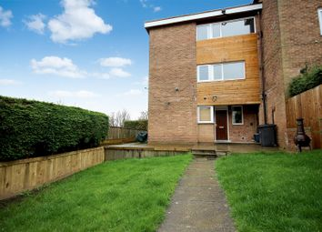 Thumbnail 3 bed town house for sale in Farmstead Close, Sheffield