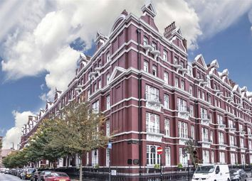 Thumbnail 4 bedroom flat to rent in Cabbell Street, London