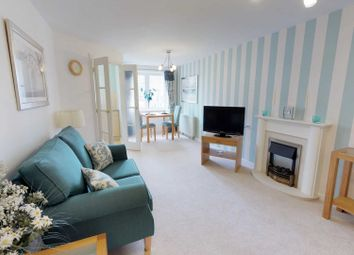 Thumbnail 1 bed flat for sale in Hempstead Road, Watford