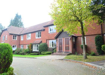 2 bed maisonette to rent in Murray Road, Northwood HA6