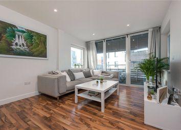 Thumbnail 2 bedroom flat to rent in Hillside, London