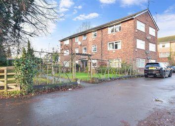 Thumbnail 2 bed flat for sale in Ladbroke Road, Horley, Surrey