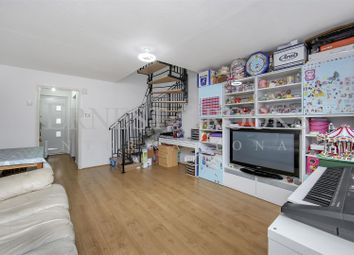 Thumbnail 2 bed property for sale in Claire Place, Isle Of Dogs