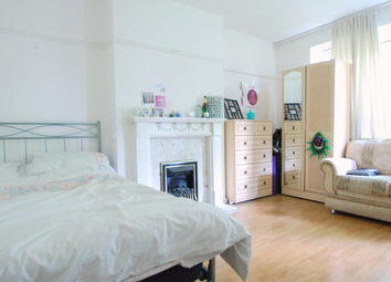 Thumbnail 3 bedroom flat to rent in Edgeworth House, Boundary Road, London