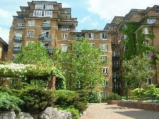 Thumbnail 1 bed flat to rent in Carlton Gate, Admiral Walk, London