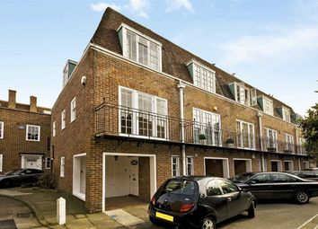 Thumbnail 3 bedroom property to rent in Abbotsbury Close, London