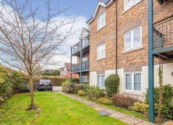 Huntercombe Lane North, Taplow, Maidenhead SL6. 2 bed flat for sale