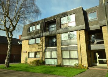 Thumbnail 2 bed flat for sale in North Avenue, Leicester