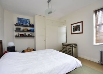 Thumbnail 2 bed flat to rent in Belsize Grove, Belsize Park