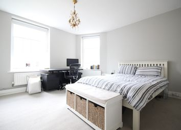 Thumbnail 3 bed flat to rent in Vicarage Crescent, London