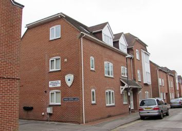 2 bed flat to rent in St. Edmunds Church Street, Salisbury SP1