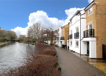 Thumbnail 5 bedroom property for sale in Grand Union Way, Kings Langley