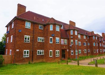 Thumbnail 2 bed flat for sale in Vicarage Road, Woodford Green