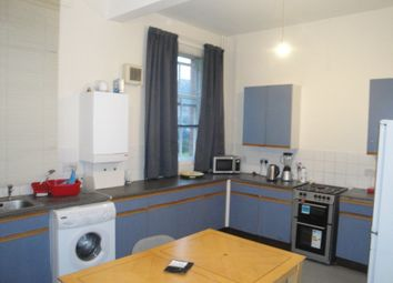 6 bed shared accommodation to rent in Queens Road, Loughborough LE11