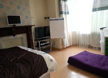 Thumbnail Room to rent in Winsford Terrace, Gt Cambridge Rd, Edmonton