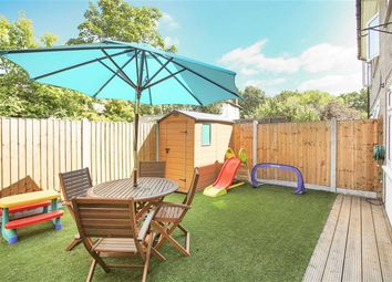Thumbnail Flat for sale in The Cedars, Buckhurst Hill, Essex