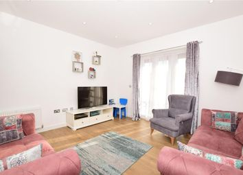 2 bed flat for sale in Claybury Mews, Ilford, Essex IG5