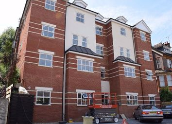 Thumbnail Block of flats to rent in Downs Road, Luton, Bedfordshire