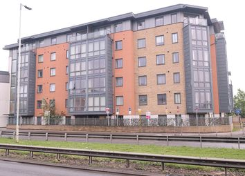 2 bed flat to rent in Lynmouth Avenue, Chelmsford CM2