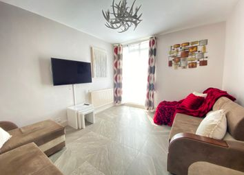 Thumbnail 1 bed flat to rent in Reading House, Hallfield Estate, London