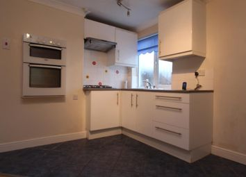 Thumbnail 1 bedroom maisonette to rent in Earlsbrook Road, Redhill