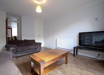 3 bed terraced house to rent in Prague Place, London SW2