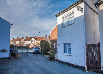 Thumbnail 1 bed detached house for sale in Moorfield Road, Alcester