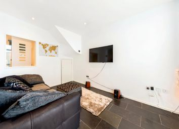 Thumbnail 2 bedroom flat to rent in Railton Road, Herne Hill, London