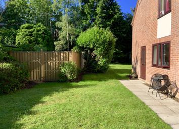 2 bed flat for sale in The Little House, Oxford Road, Newbury RG14