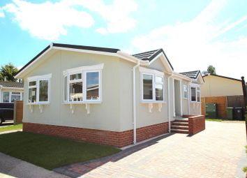 Thumbnail 2 bed mobile/park home for sale in Dodwell Park, Dodwell, Stratford-Upon-Avon