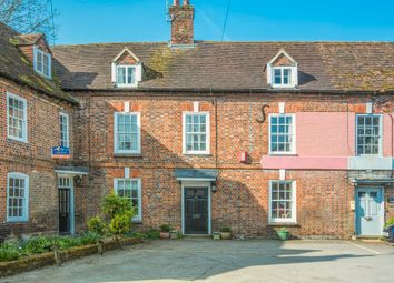 Thumbnail 3 bedroom town house for sale in Faulknor Square, Charnham Street, Hungerford