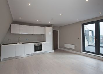Thumbnail 2 bedroom flat for sale in Parkway, Chelmsford