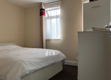 Thumbnail 1 bed property to rent in St. Thomas's Road, London