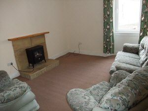 Thumbnail 2 bed flat to rent in Mitchell Street, Kirkcaldy